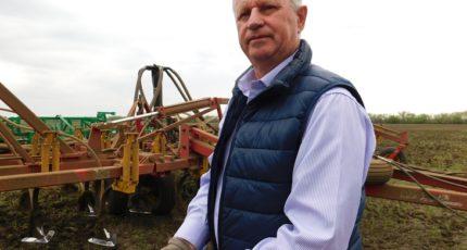 Как русский фермер с немецкими корнями внедряет инновационную технологию в засушливом Заволжье